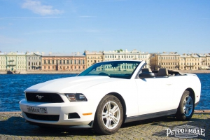 Ford Mustang Cabrio