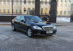 Mercedes W221 Restyling Black